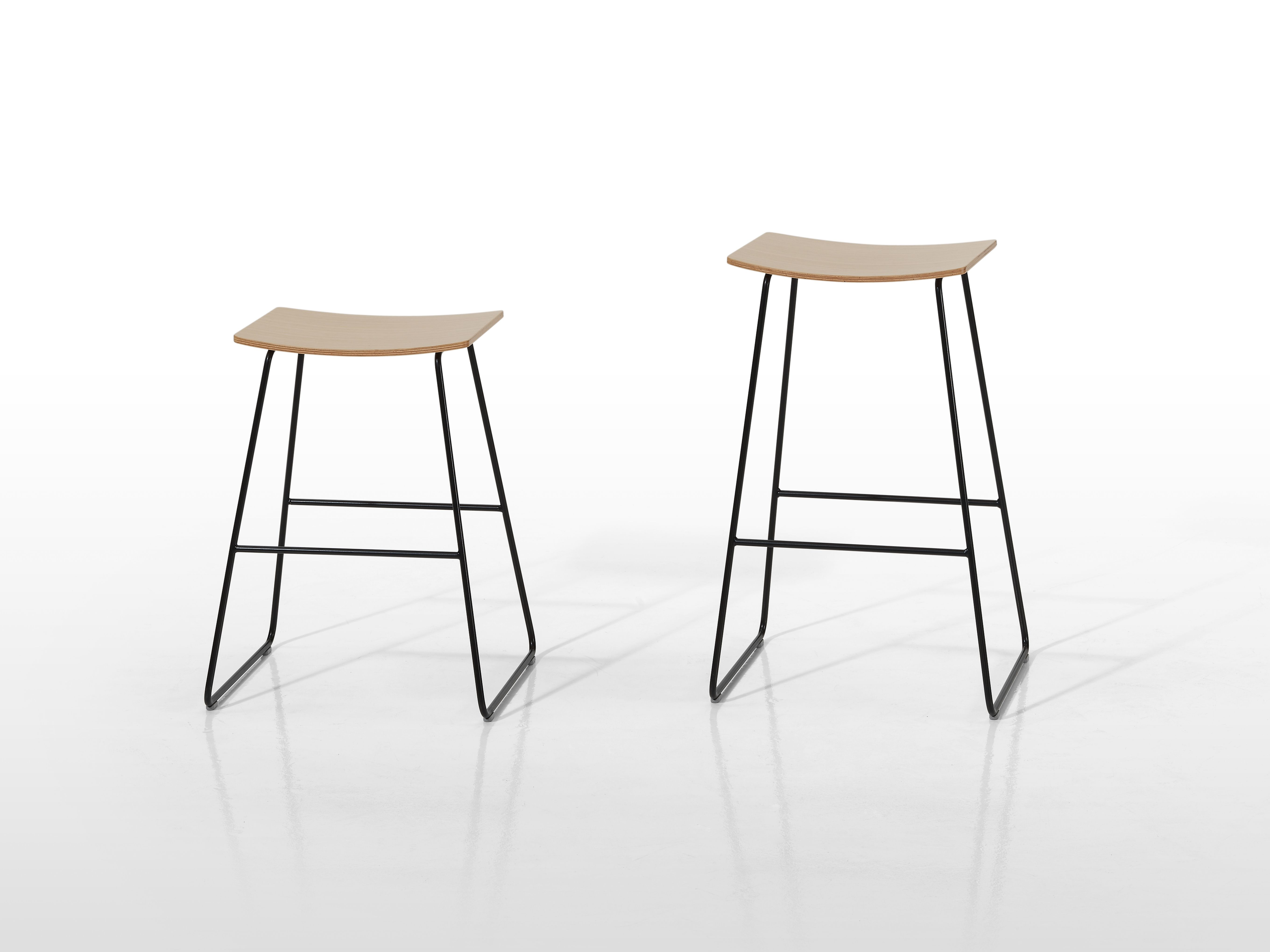 Tao   Bar And Counter Stools Available In Upholstered And Non Upholstered  Versions With Steel Frame