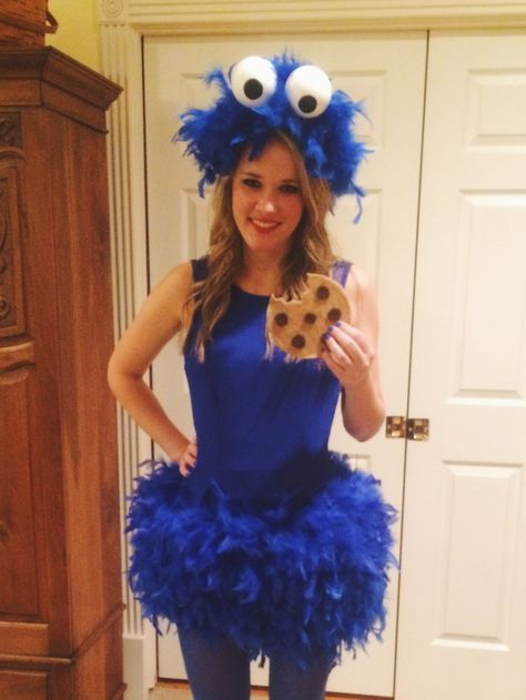 diy cookie monster costume projects to try pinterest. Black Bedroom Furniture Sets. Home Design Ideas