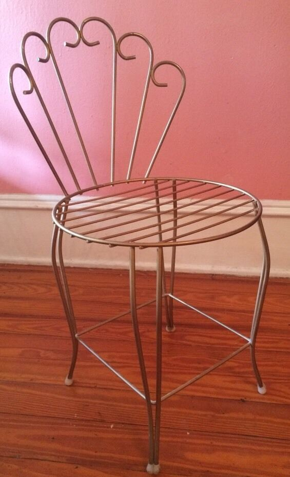Vintage Gold Metal Scroll Wire Vanity Stool Garden Chair