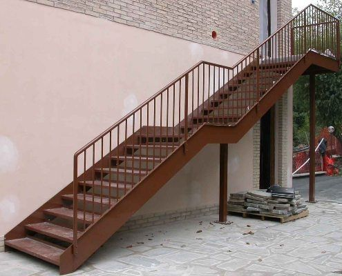 Escaleras exteriores buscar con google escaleras for Tipos de escaleras exteriores