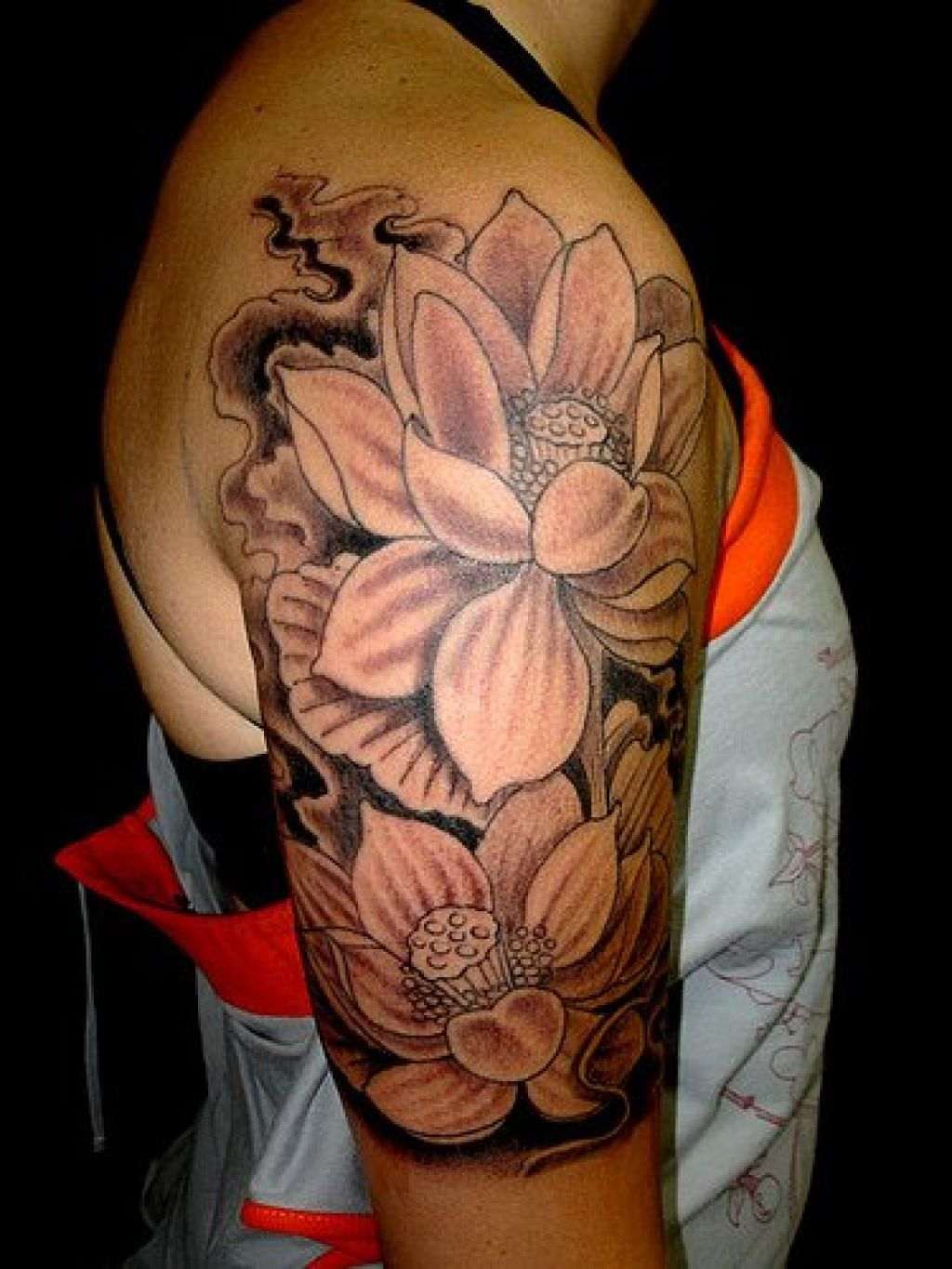 Photo Realistic Flower Tattoos Google Search: Lotus Flower Tattoo On Shoulder - Google Search