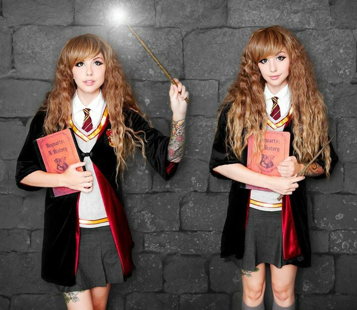 Alexa Poletti As Hermione Granger Harry Potter Costume Hermione