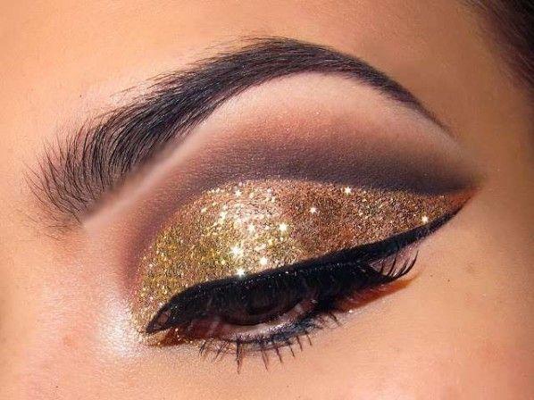 Glamorous Glitter Eye Makeup For Nye 03 Best Glitter Eye Makeup