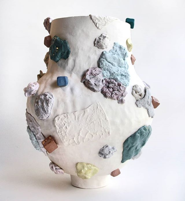 Flying To Hobart Today To Set Up This Little Guy For The Group Exhibition Dearmudwithlove At The Australianceramicstriennale At Pr Ceramique Porcelaine Objet