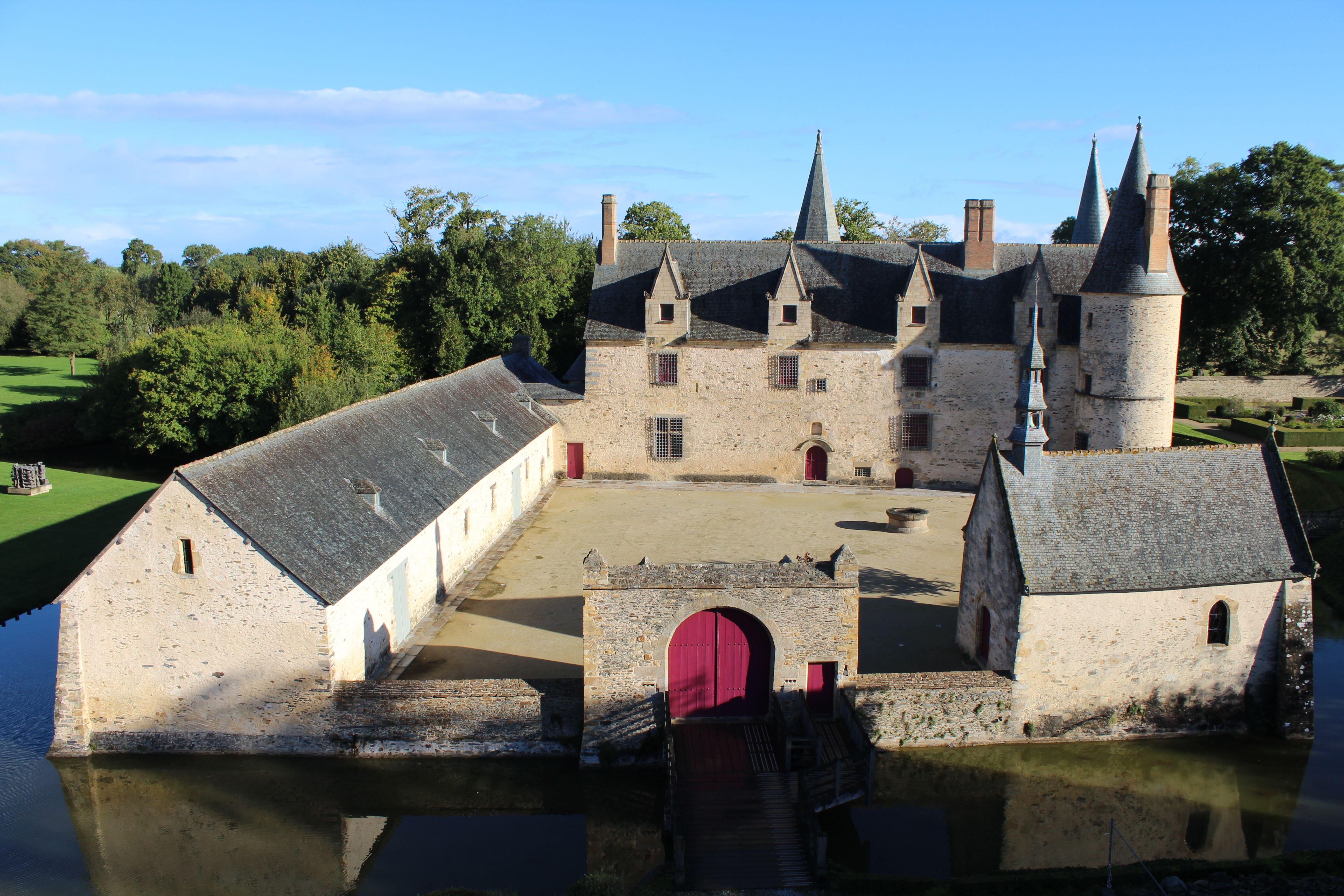 Haute Cour Du Chateau Du Bois Orcan Xive Xve Siecles Classee Mh