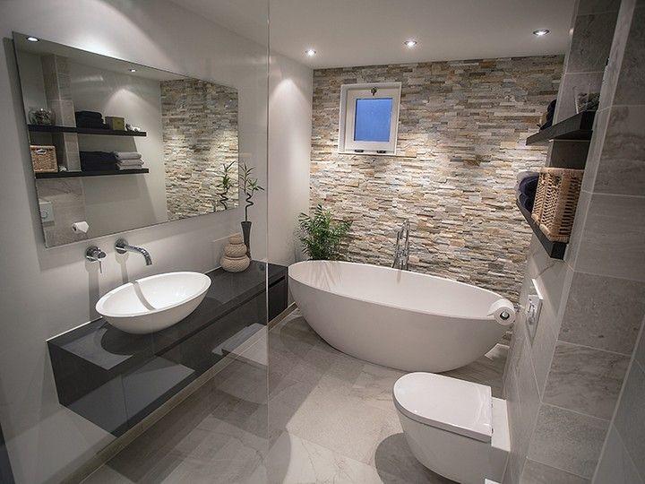 Badkamer taupe en steenstrips | Badkamer | Pinterest | House