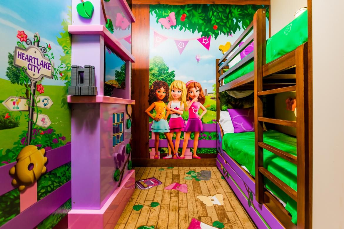 A Girly Bedroom Inspired By Lego Lego Bedroom Lego Kids Room Lego Hotel