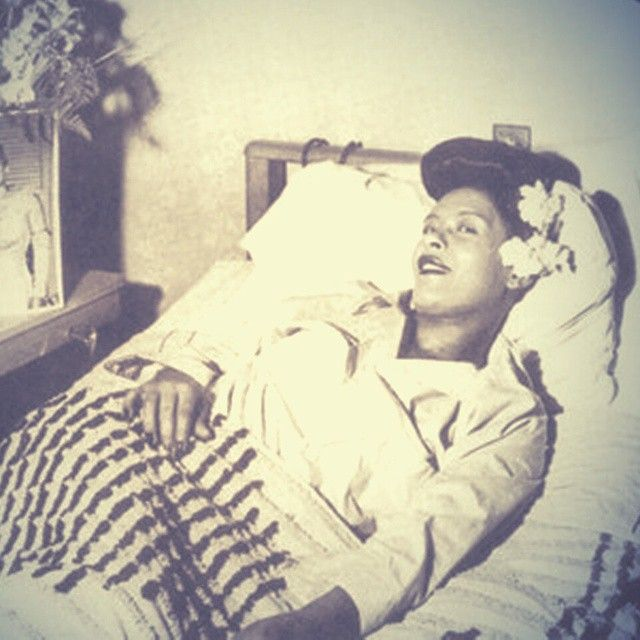 Billie Holiday On Instagram Billie Here At Club Bali In Washington Dc Pictured Here Is Club Owner Benny Caldwell Billie Holiday Billie Lady Sings The Blues