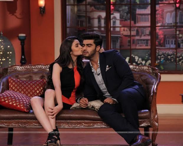 Alia Bhatt And Arjun Kapoor Kiss On Tv Comedy Nights With Kapil