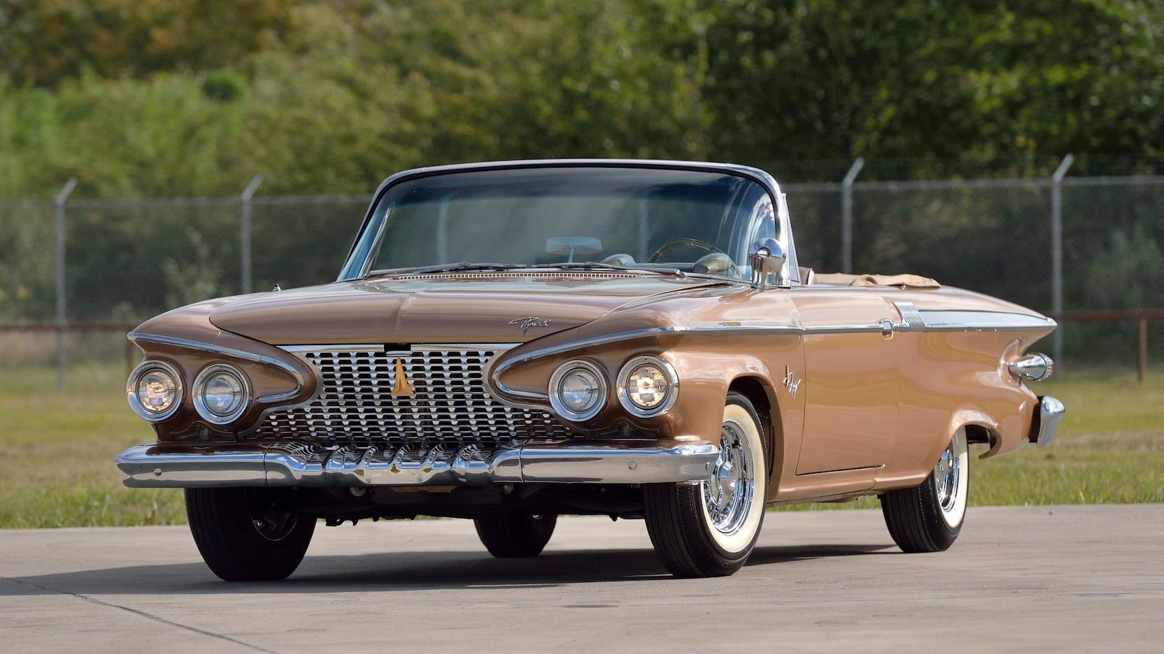 1961 Plymouth Fury Convertible presented as Lot F105.1 at