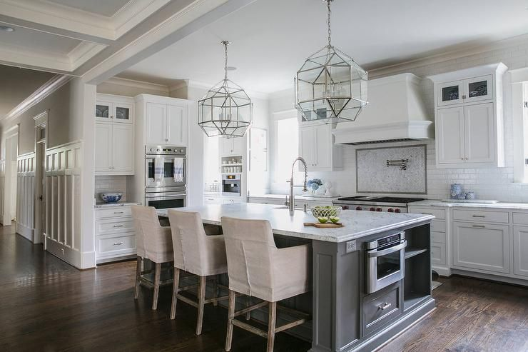 Download Wallpaper White Kitchen And Grey Island