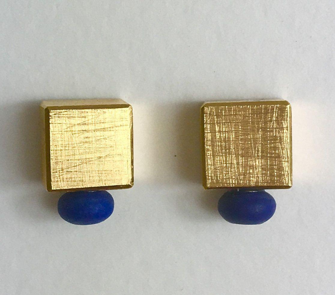 Lapilazuli con oro. Pendientes hechos a mano