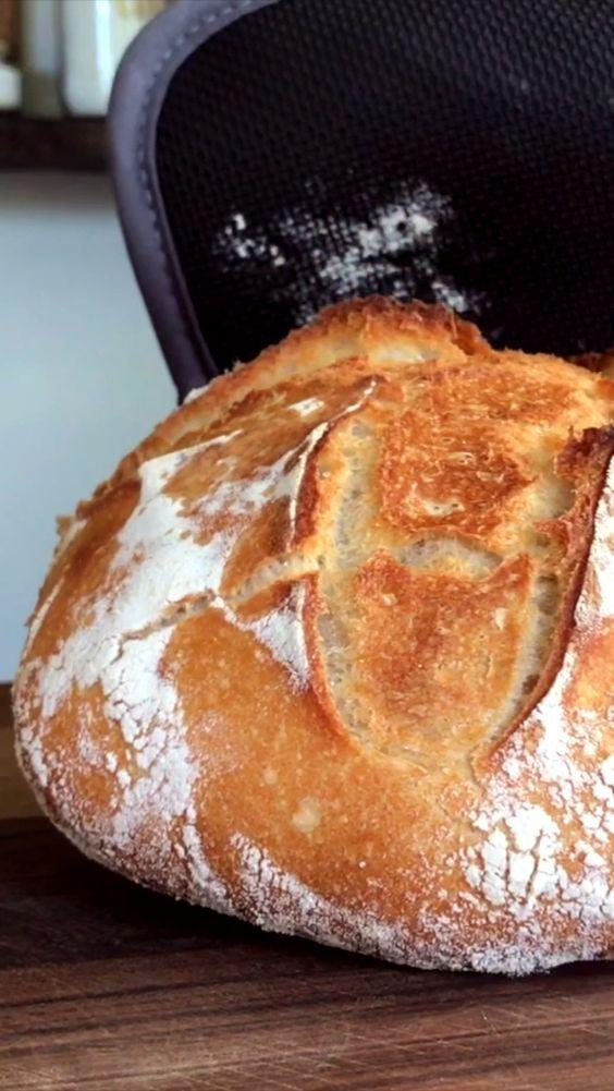 Hoy les compartimos una receta de Pan que para nosotros es