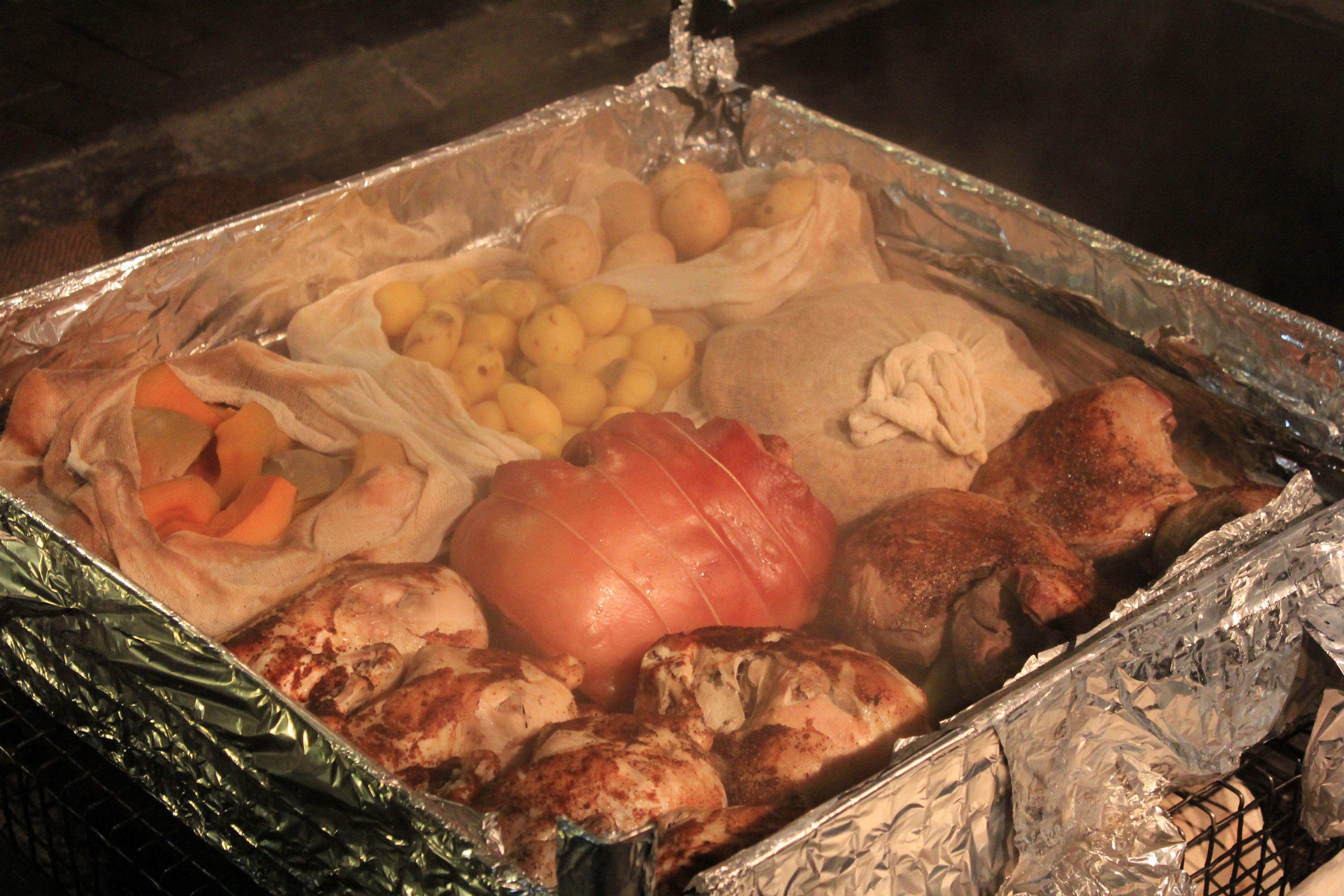 New Zealand Maori Food: New Zealand - Hangi Food