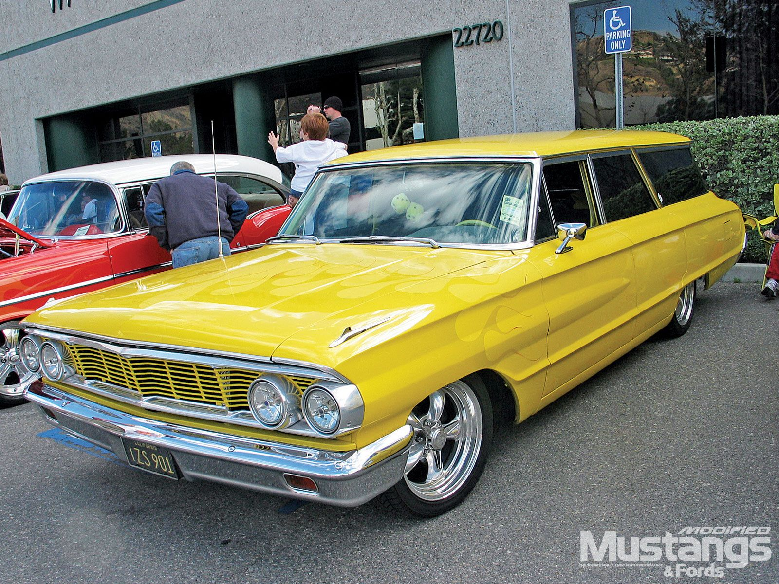 Sweet 64 galaxie country squire wagon wouldn t mind this paint job on my