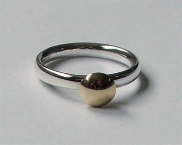 Pebbles Designer Jewellery - St Ives, Cornwall. Silver and gold ring by Pat Bagwell