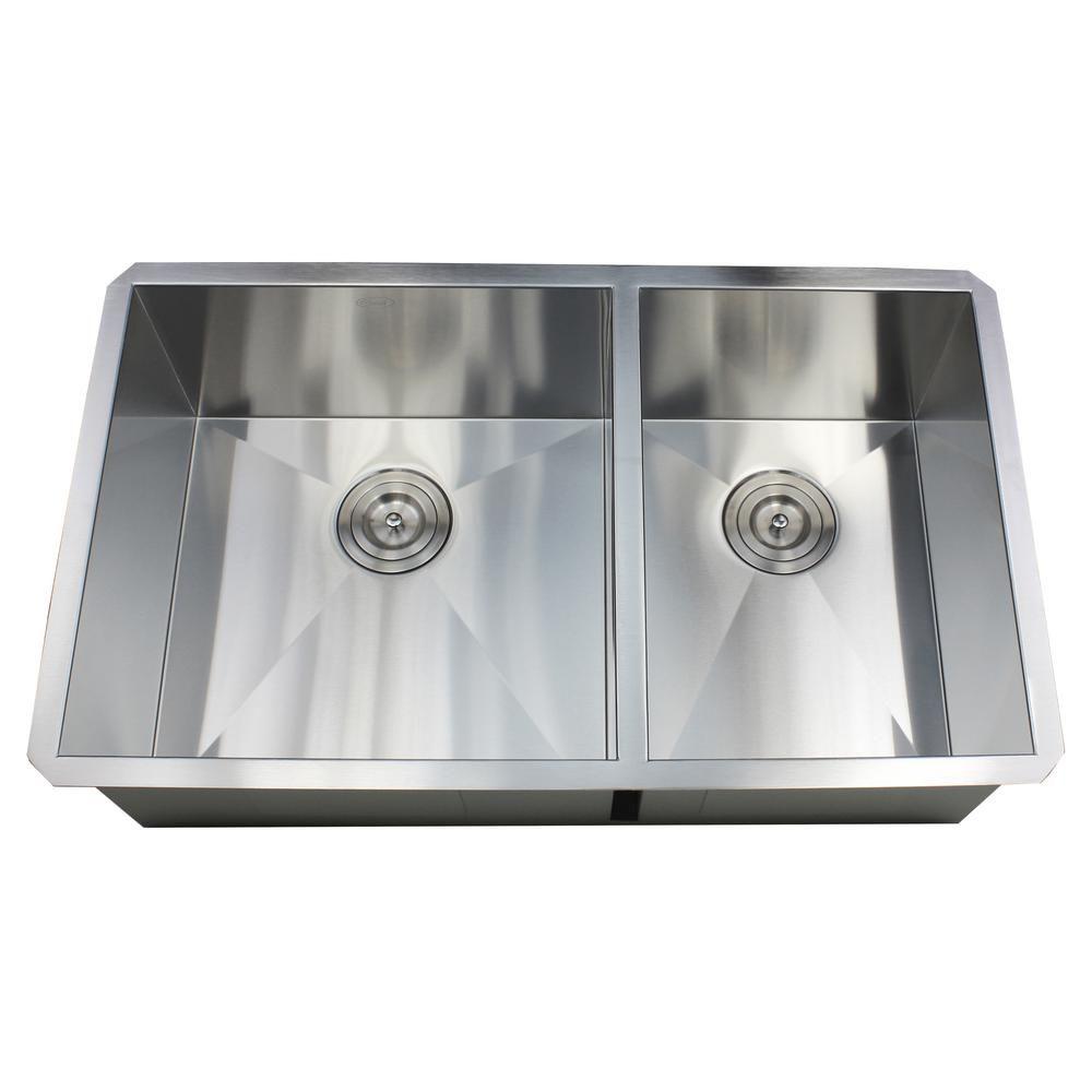 Deep Undermount Kitchen Sinks To Keep Your Kitchen Looking Immacultely Clean Darbylanefurniture Com In 2020 Zero Radius Kitchen Sink Sink Deep Sink Kitchen