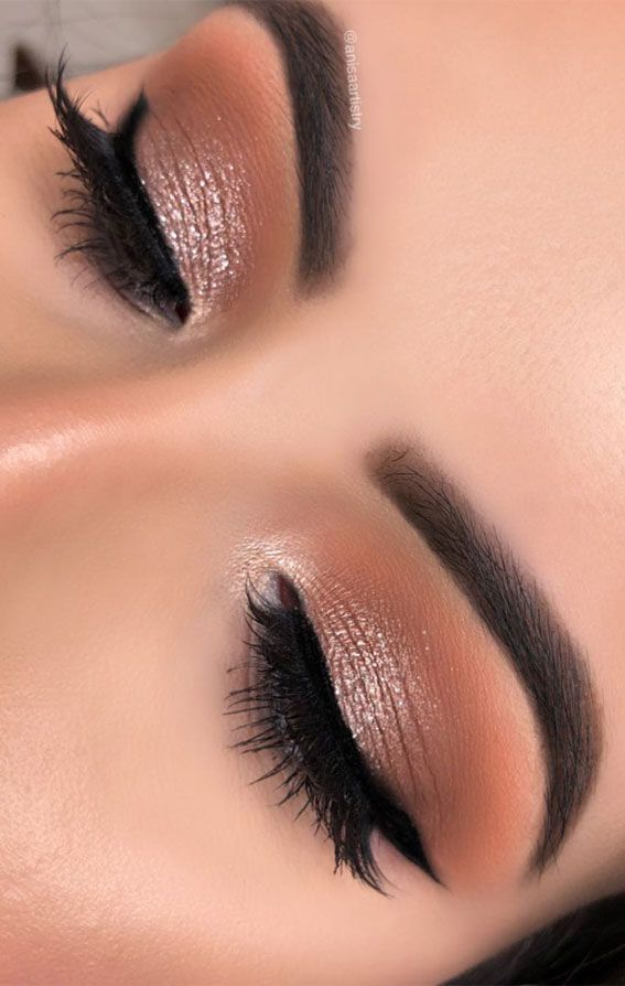 20 Soft Glam Makeup Looks To Try This Season