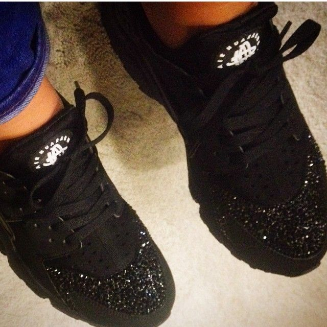 Custom Customised Huaraches Nike Air Silver Dope Glitter Crystals Black  Classic Streetwear Footwear Sneakers Trainers c7e7884ee