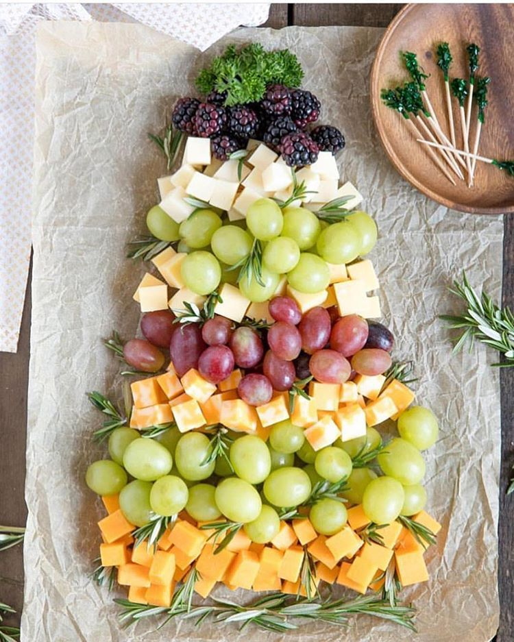 How Cute Is This Christmas Tree Cheese Board Appetizer