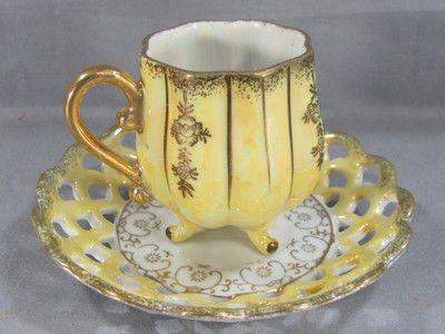 The Vintage Texan: Tea Cup Thursday