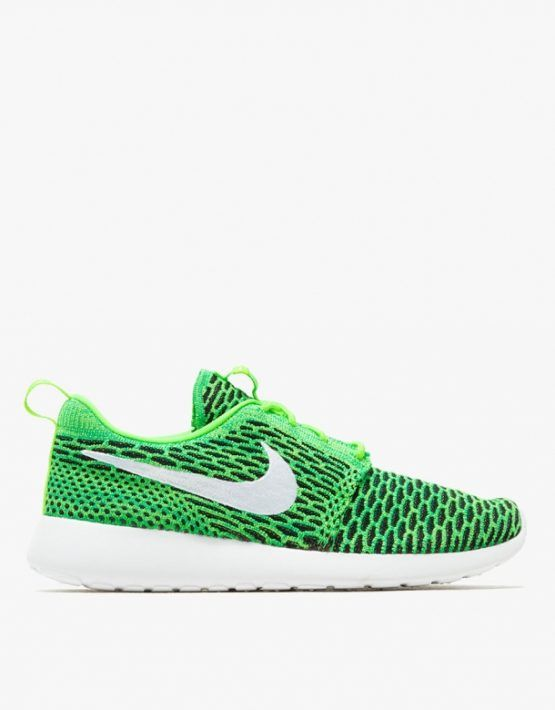 separation shoes 6c64e d38cf Nike Roshe Flyknit Women s Shoe.  120 WANT!   s h o e s   Nike roshe flyknit,  Adidas sneakers, Sneakers