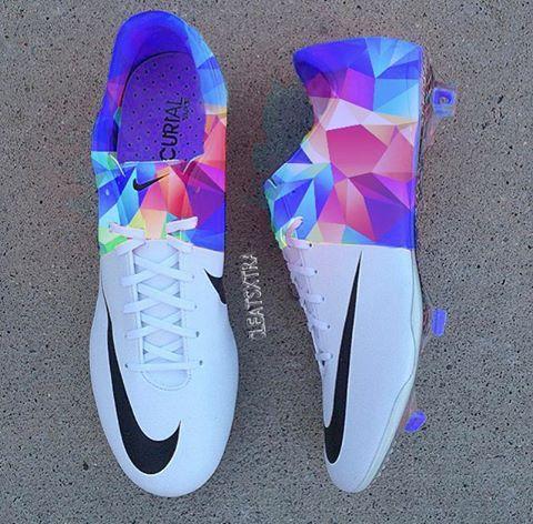 various colors 203c9 7b1ec Nike Mercurial Vapor III Rugby Femmes, Girls Football Boots, Girls Soccer  Shoes, Cool