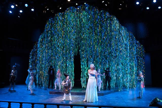 Review A Midsummer Nights Dream Stage Set Prop Ideas