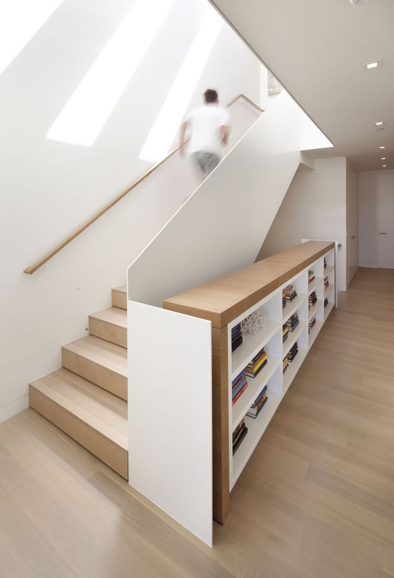escalier et rangement astucieux et design idee deco. Black Bedroom Furniture Sets. Home Design Ideas