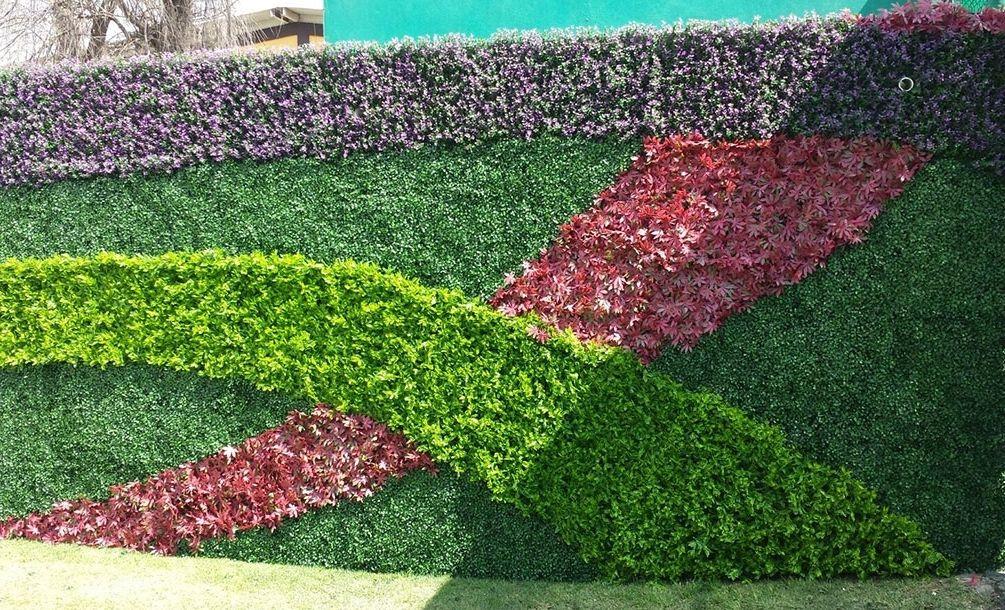 Paneles y muros verdes de follaje artificial en m xico for Jardines pequenos verdes