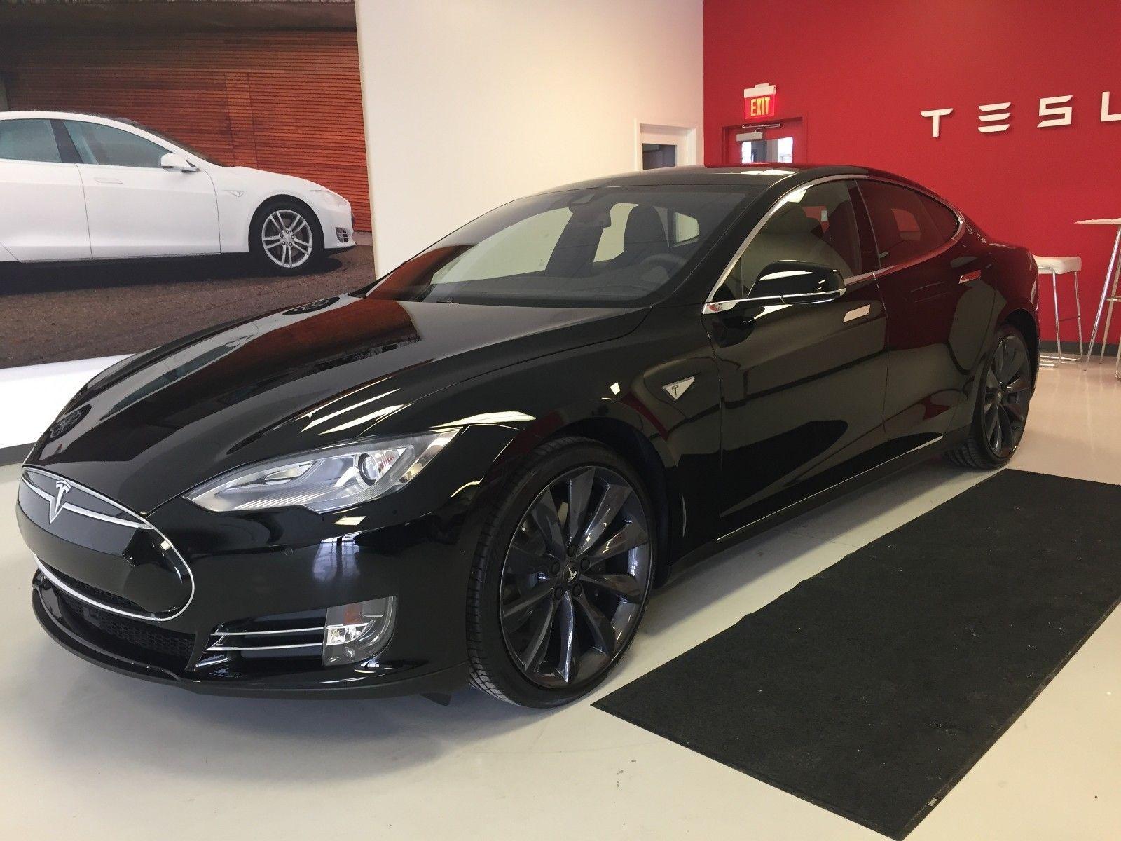 2015 Tesla Model S 60 2015 Tesla Model S - 60, with Auto Pilot, 1 ...