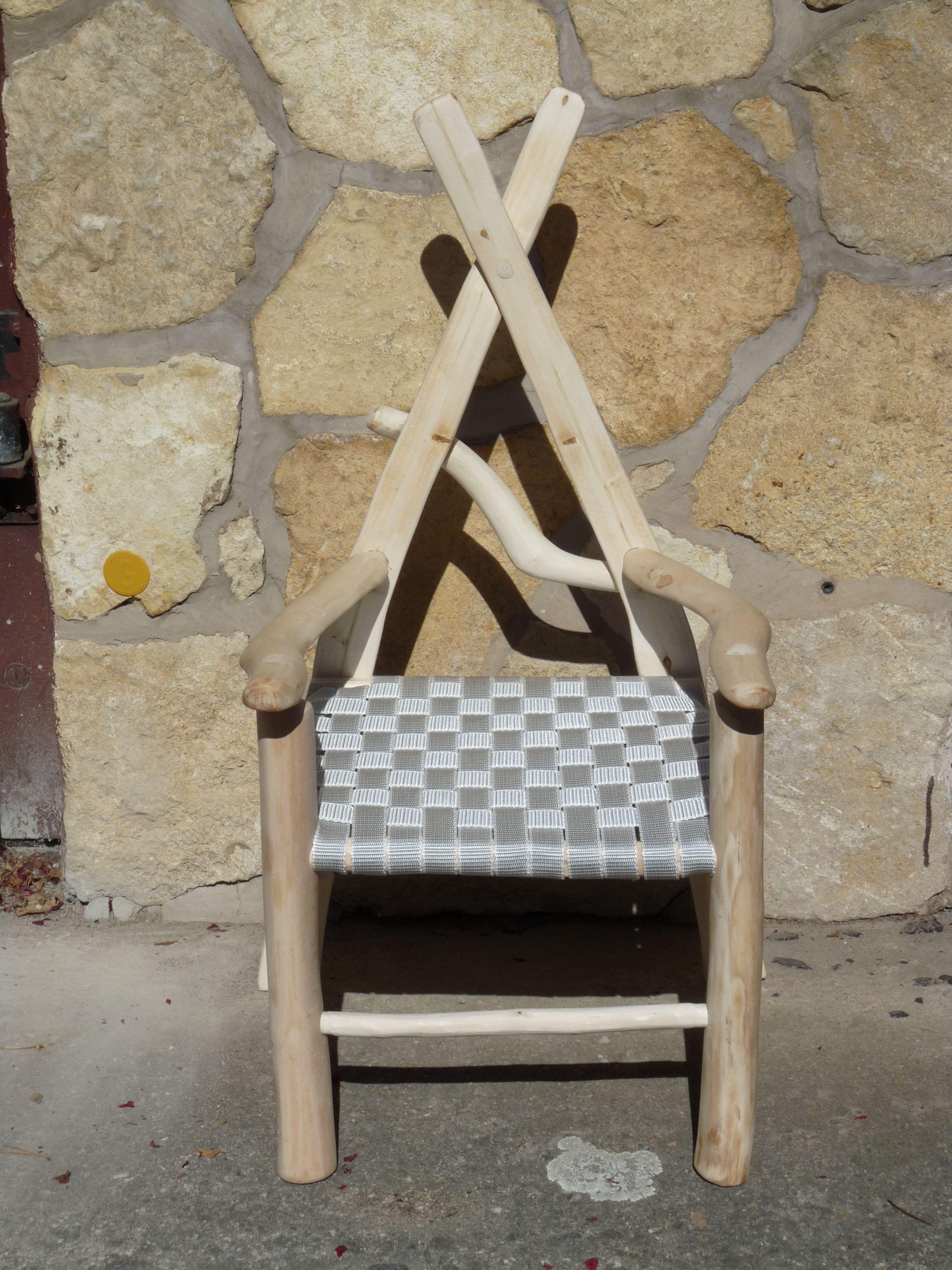 Kinderstuhl Aus Wildholz In Form Eines Throns Sitz Geflochten Aus Band Stuhle Holz Kreativ