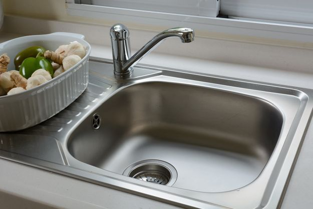 8 Amazing Stinky Home Remes Sink