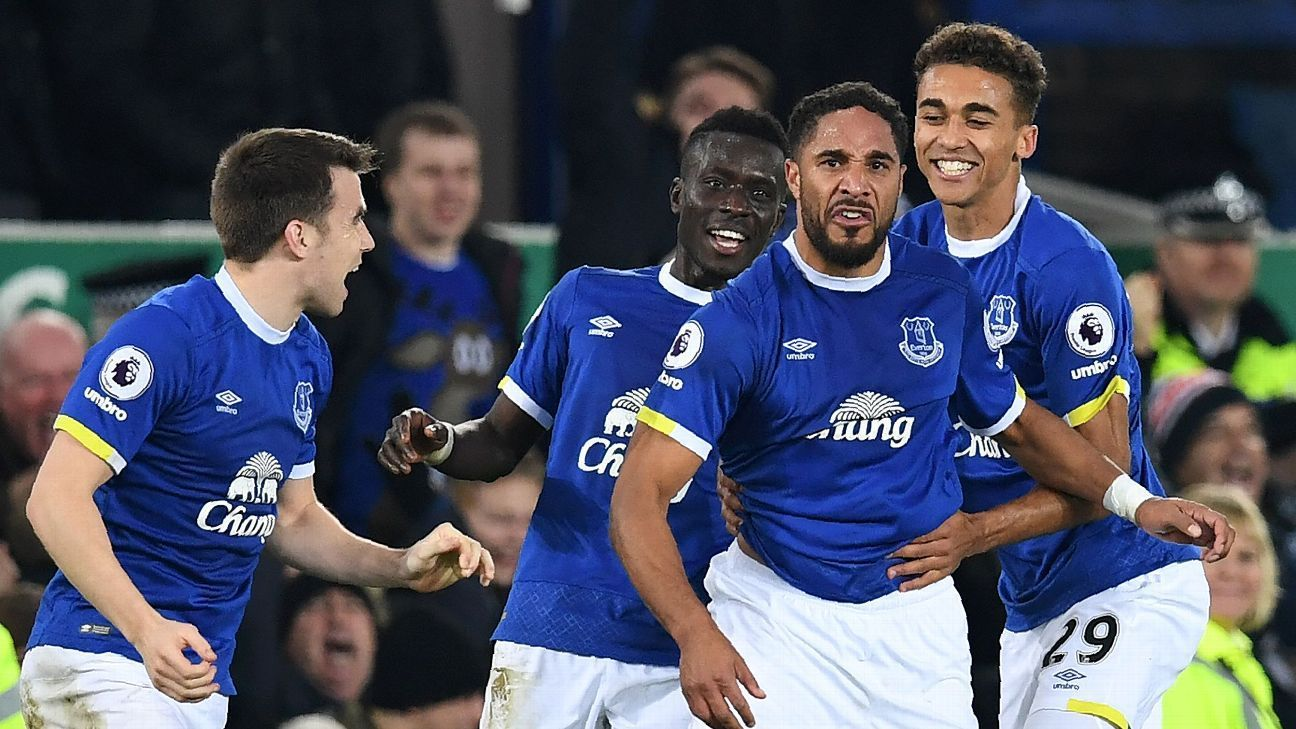 Arsenal miss chance to go top as Everton defenders deliver