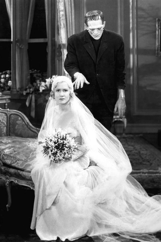In Photos 32 Iconic Movie Wedding Gowns Funny Pinterest