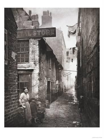 Giclee Print: Old Closes and Streets: Old Vennel Off High Street, c.1868 by Thomas Annan : 24x18in