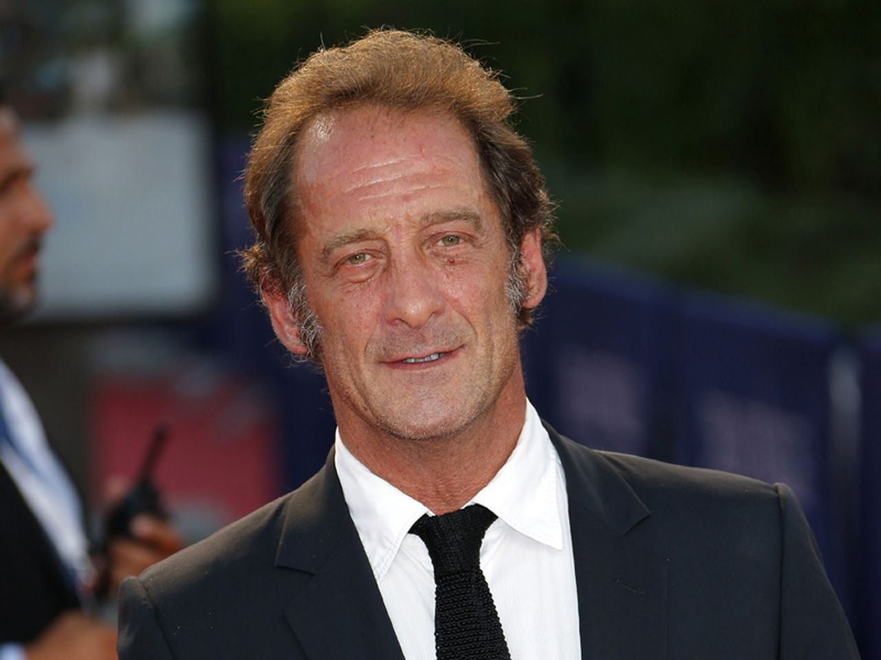 Tips: Vincent Lindon, 2018s alternative hair style of the cool friendly  director