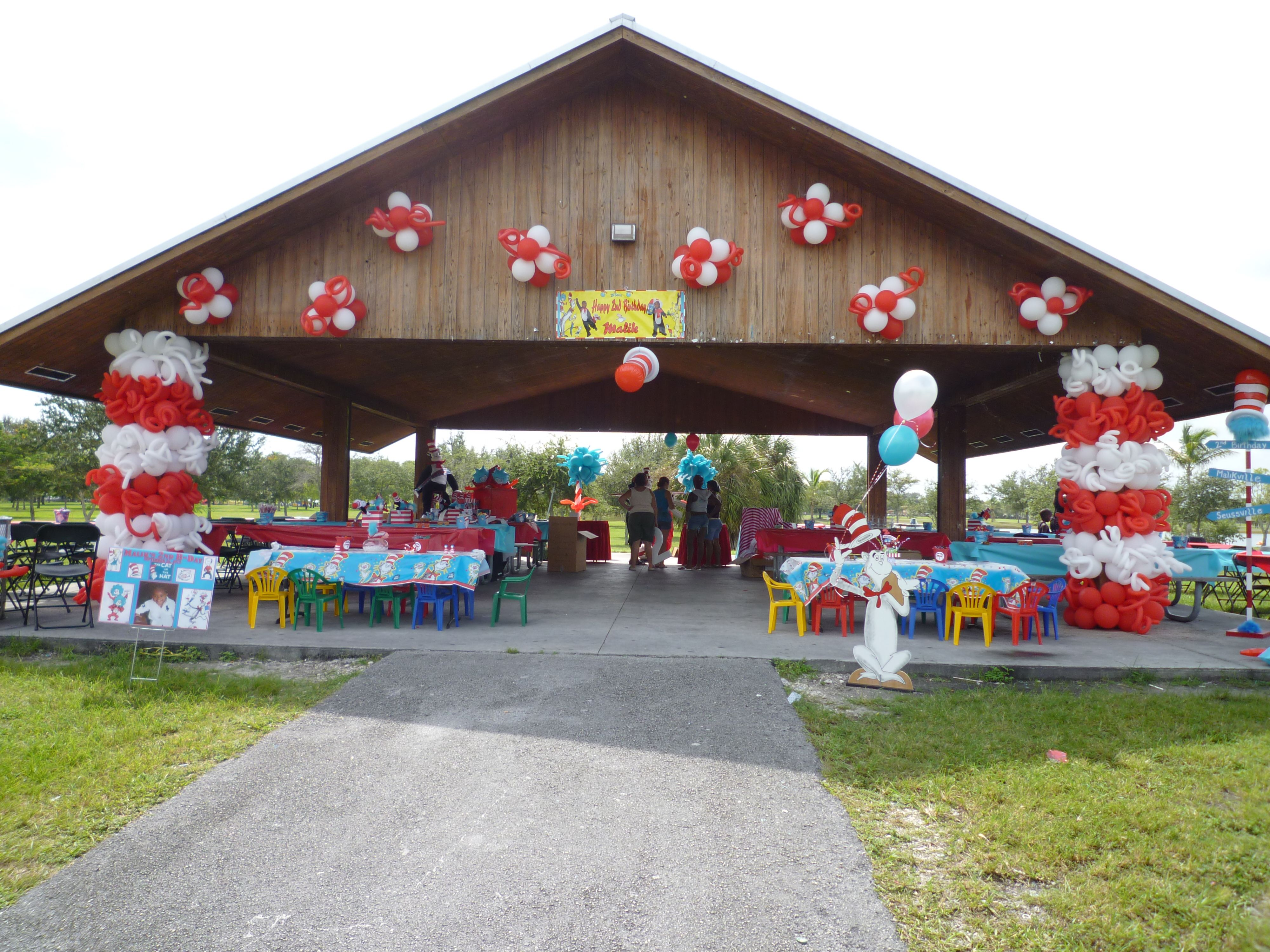Pavilion decoration in a park for Baby shower decoration ideas for outdoors