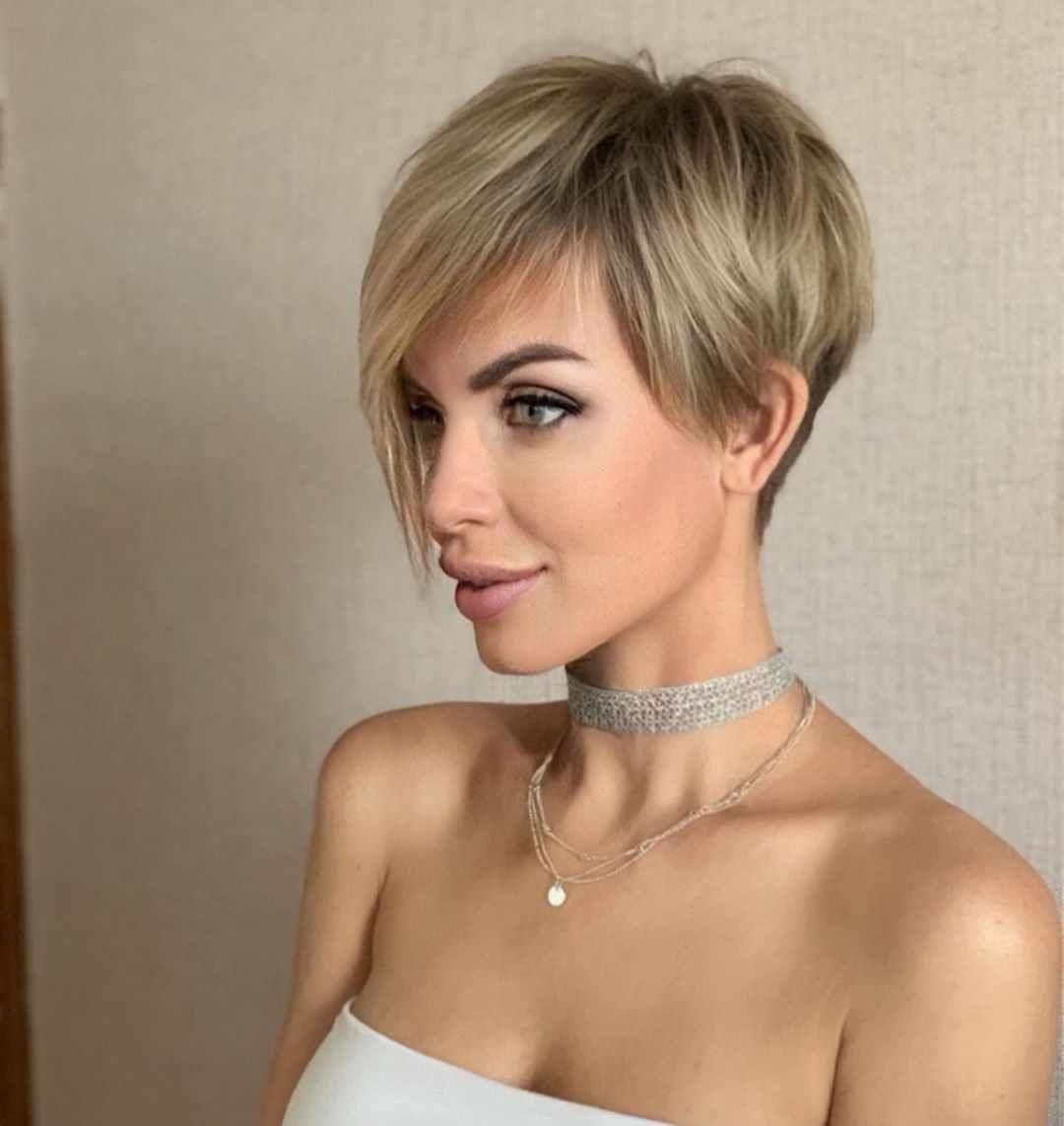 Feminine Pixie Haircuts Ideas for Women in 11 Year  Short hair