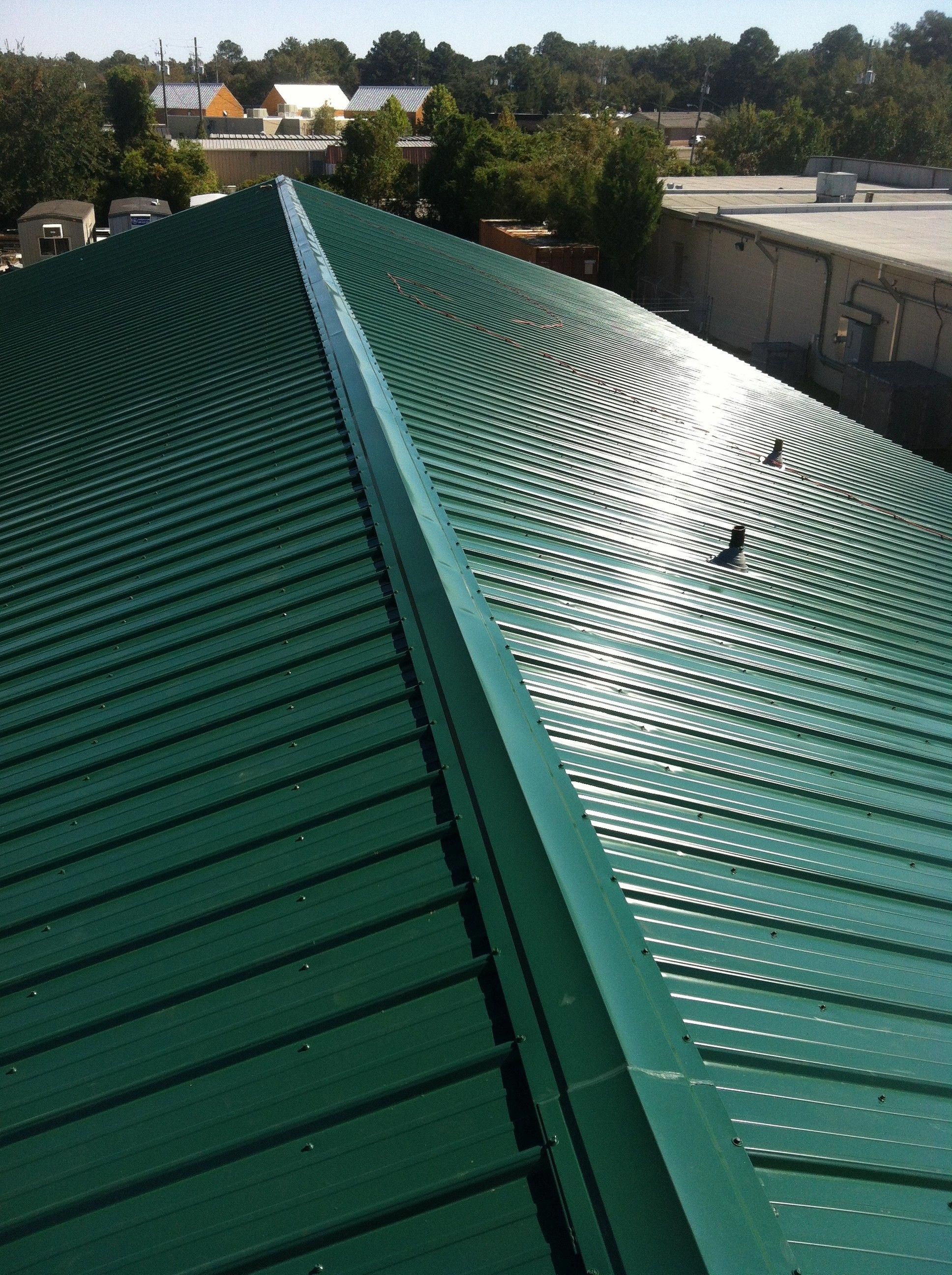 Ideas Pictures Of Metal Roofs On Mobile Homes Pictures Of Metal Roofs On Mobile Homes Tin Roof For Mobile Home Roof Metal Roof Roofing Metal Roofing Materials