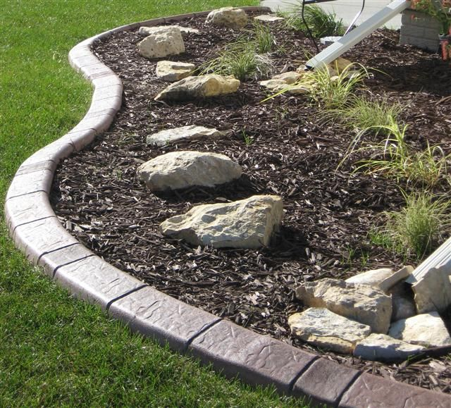 Brilliant Borders Is A Des Moines And Central Iowa Based Company  Specializing In Decorative Concrete Lawn Edging. In Addition To Decorative  Concrete Edging, ...