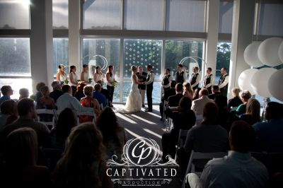 Wedding Photography Ceremony Virginia Marine Aquarium And Science Center Captivated Productions