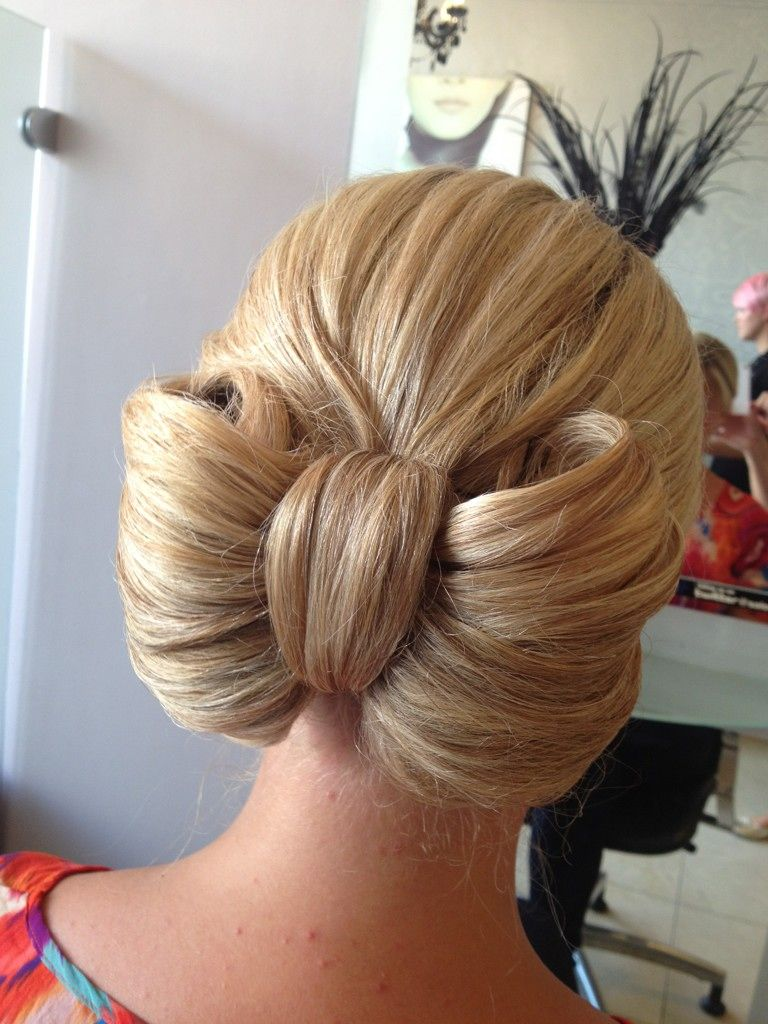 Updo Bow Looks Hair Updo Long Hair Styles Hairdo