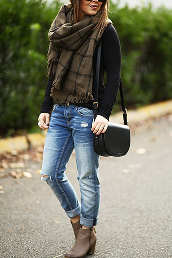How To Wear Ankle Boots With Jeans Fall Boots Outfit Jeans Outfit Casual Boots Outfit Ankle