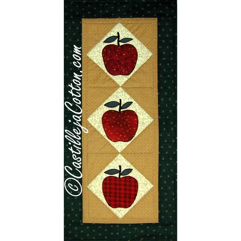 Apple Table Runner Quilt Pattern 2159 1