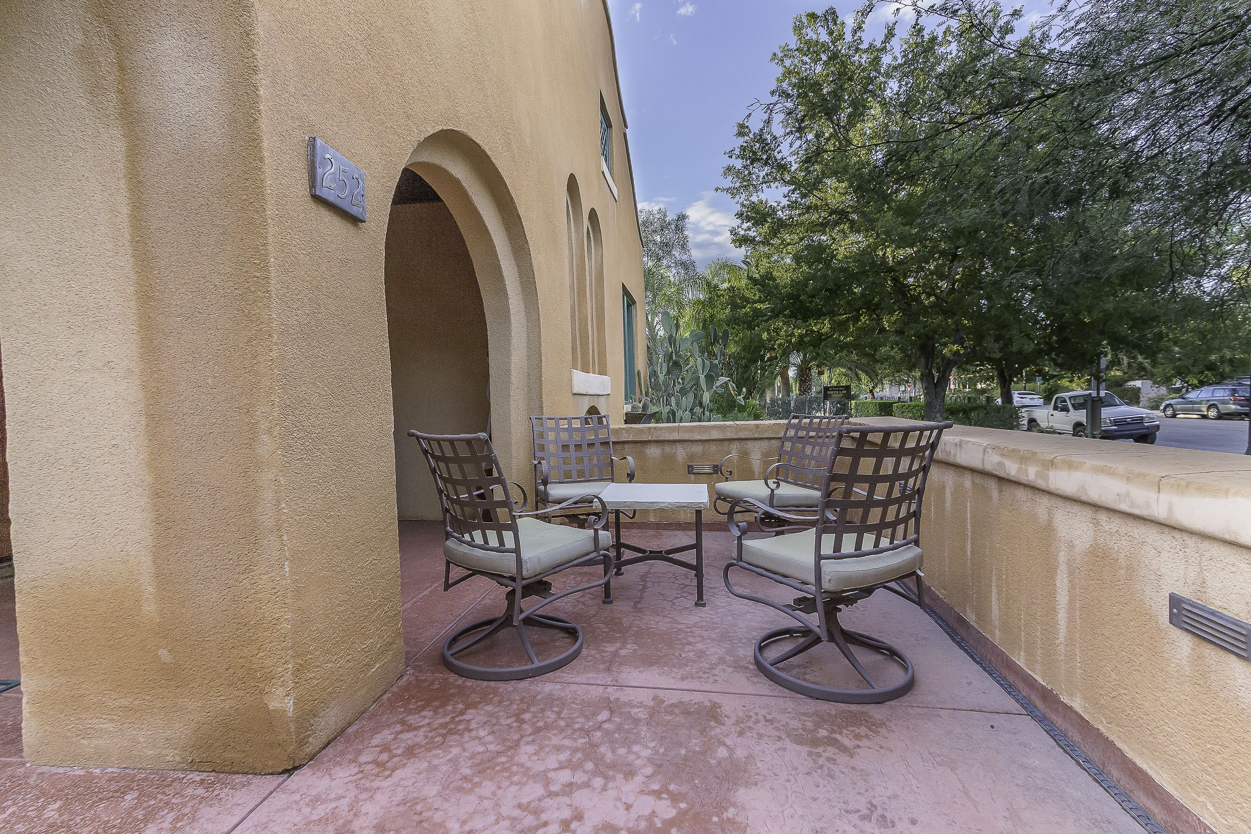 Sample of doug trudeau photography for tucson real estate tucson