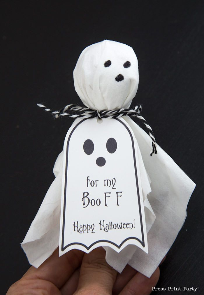 Ghost Lollipops w  FREE Printable Halloween tags  Press Print Party! is part of Printable halloween tags, Halloween tags, Halloween printables, Ghost lollipops, Halloween customes, Halloween - Use this FREE Halloween printable tags to upgrade your ghost lollipops favors for friends and classmates  The premise is simple  Just get lollipops, a box