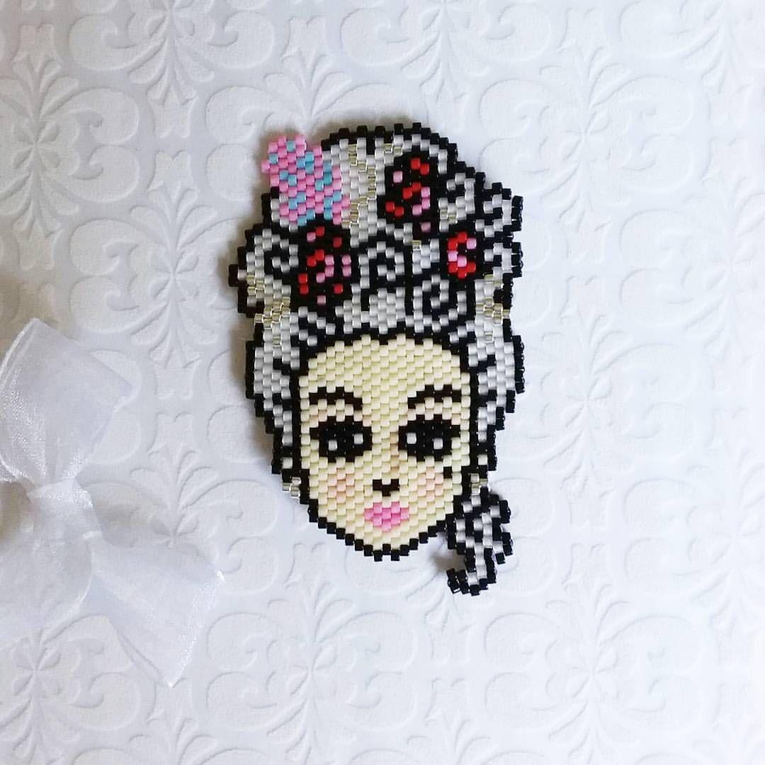 Figura Chaquira   Bracelets and necklaces   Pinterest   Telar ...