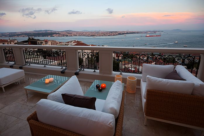 Relax And Enjoy The September Sunset At Cvk Park Bosphorus İstanbul Hotel Hezarfen Terrace With Amazing