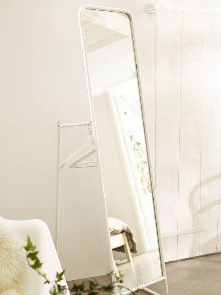 Knapper White Standing Mirror With Rail And Hooks Behind